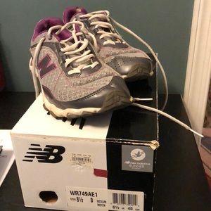 NB Gray & Purple Running 👟 👟